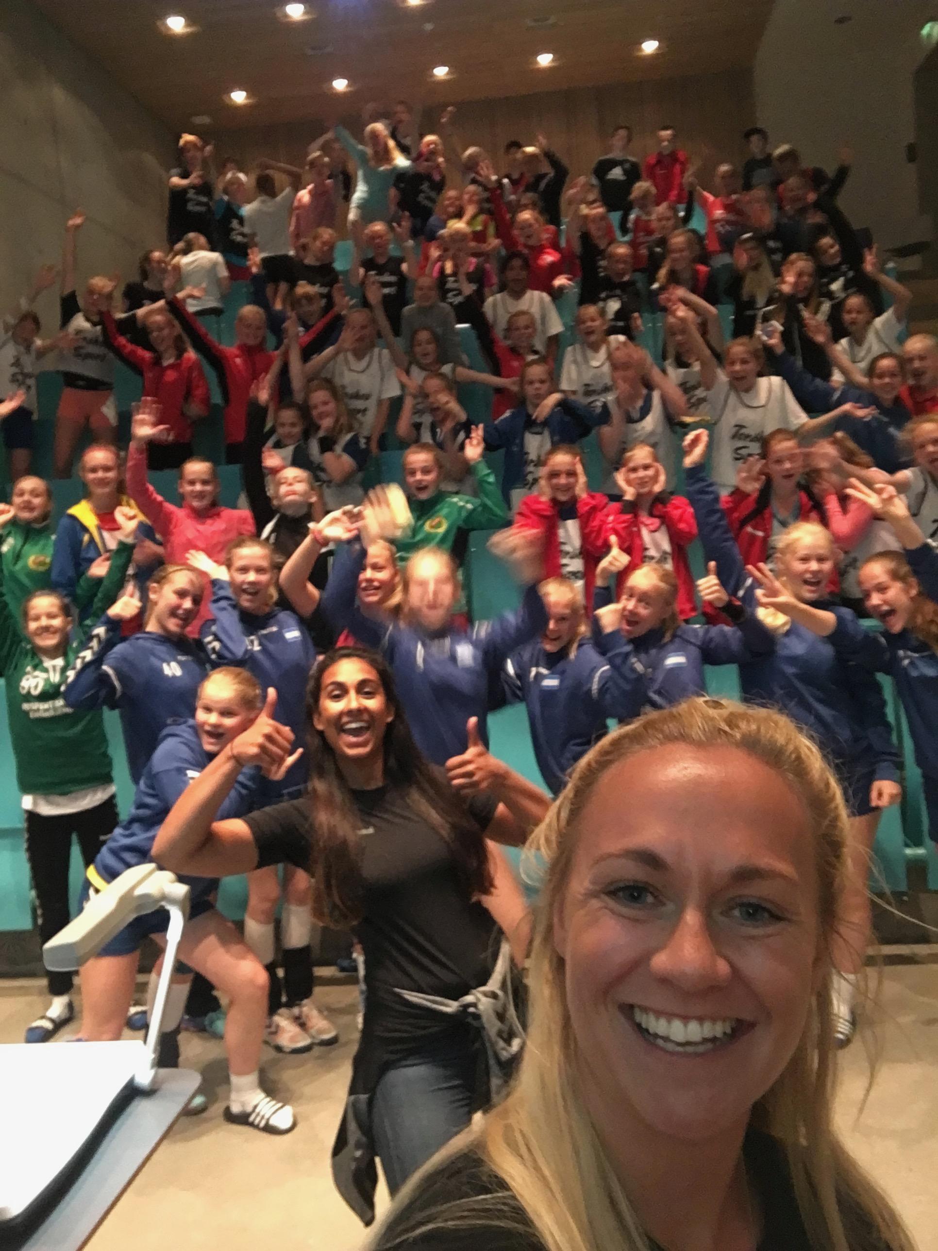 Foredrag for Heidi Løkes Håndballskole!