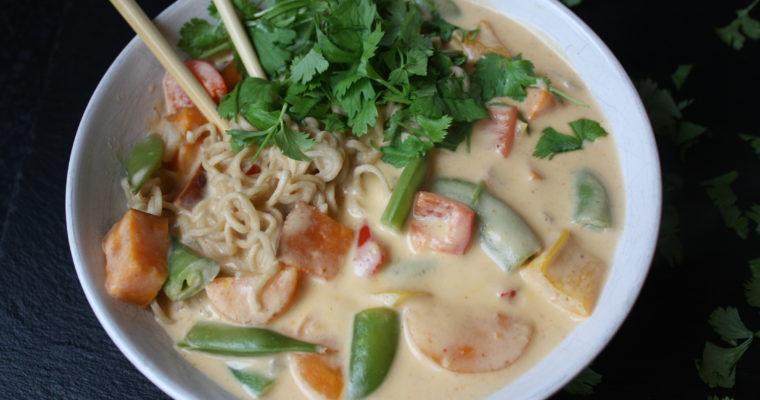 Thai-inspirert grønnsakssuppe