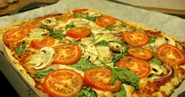 Vegetarpizza med havregrynsbunn